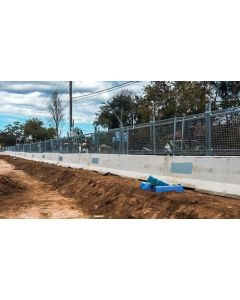 Upright Anti-Gawk Panels for concrete barriers