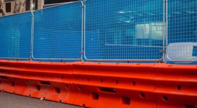Transform your barriers with modular anti-gawk screens