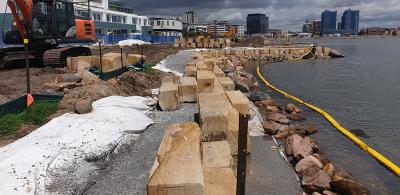 Silt Curtains stop construction pollution along Newcastle foreshore